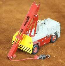 CRANE GRUE SALEV EN METAL. DINKY TOYS. ESC 1 / 43. 50. REF MADE IN FRANCE.