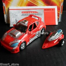 Transformers Classics Deluxe Class Cliffjumper by Hasbro Generations
