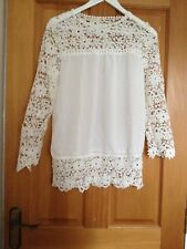 Womens Incredibly Beautiful Long Sleeve Ivory Lace Blouse. Size 34 inch chest
