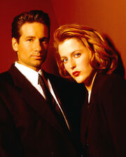 David Duchovny & Gillian Anderson (1678) 8x10 Photo