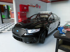 LGB G Scala 1:24 Welly FORD TAURUS POLICE INTERCEPTOR dettagliate pressofusione modello auto