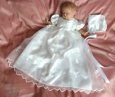 "White Christening gown & bonnet 0-6m baby - 18""-22"" reborn baby doll dress (172)"