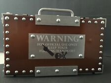 RARE OAKLEY MADNESS TOXIC Rep Briefcase Display  UR X-Metal Romeo Mars