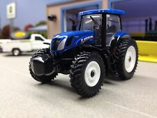 1/64 ERTL NEW HOLLAND T7.270 4WD TRACTOR