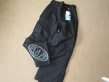 NEW BOYS GIRLS ANIMAL TECHNICAL SKI SNOWBOARD TROUSERS AGE 11-12