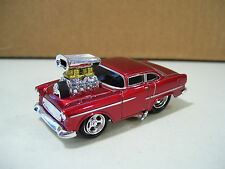NWOT MUSCLE MACHINES '55 CHEVY DIE CAST CAR 1/64 SCALE RED