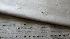 Broderie Anglaise Poly Cotton & 100% cotton, Fat 1/4, 1/2 or Meter lengths