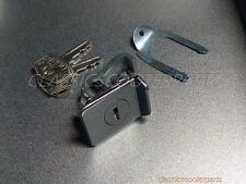 Vespa cowl glove compartment lock VBC VLB VNX VSX VSE P PX GL V8115