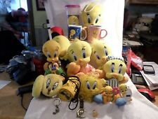TWEETY BIRD WARNER BROS  LOONEY TUNES 17 Piece Assortment