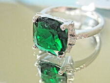 Green Emerald  925 Sterling Silver Cocktail Ring  Size 7 1/2