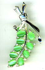 925 Sterling Silver Green Cats Eye Brooch Bunch of Grapes shape Length 2.1/8""