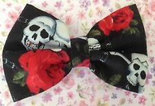 "HANDMADE SMALL 3"" BLACK SKULL RED ROSE PRINT RETRO COTTON FABRIC BOW HAIR CLIP"
