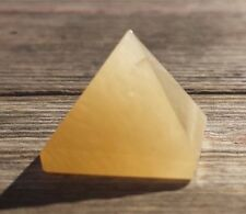 NATURAL GOLDEN QUARTZ SMALL GEMSTONE PYRAMID 20-22mm