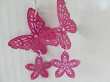 HOT PINK HIPPY FUNKY FILEGREE BUTTERFLY & DAISY DANGLY EARRINGS new gift pouch