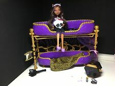 Monster High - Clawdeen Wolf - Dead Tired Doll and Bed Playset - Good Condition