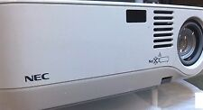 NEC NP400 2600 lumen lampada nuova videoproiettore FullHd 1080i DVI hdmi