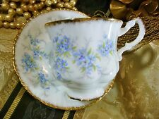 PARAGON TEACUP & SAUCER ~REMEMBER ME~FORGET ME NOT FLOWERS  GOLD TRIMMED c1950+