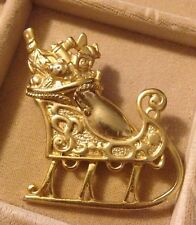 Vintage Christmas Brooch Pin Gold-Tone Sleigh Filled With Toys Danecraft