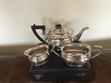 VERY NICE 3 PIECE SILVER PLATED TEA SERVICE ON A RAISED PLATFORM     (SPTS 092)