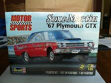 Revell Motor Sports Sox & Martin '67 Hemi Plymouth GTX 1/25 Sealed