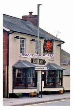 pu0516 - The Red Lion Pub , Theale , Berkshire - photograph