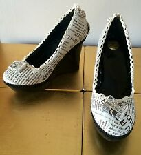 Milly J Handmade Shoes  Wedges Newspaper Print Design Size 3