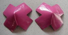 Cache tétons nippies burlesques croix rose en PVC SEXY !