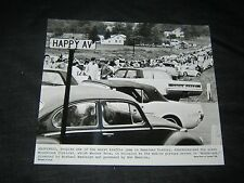 Original 1969 WOODSTOCK Press Photo RARE MAGNUM PHOTOS CRITIC'S STYLE