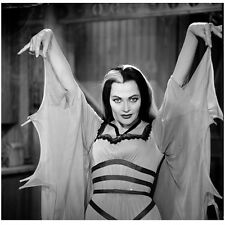 The Munsters Yvonne De Carlo as Lily Holding Arms Up 8 x 10 inch Photo