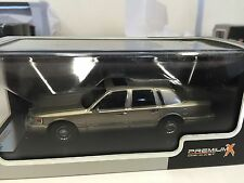 Lincoln Town Car 1996  1:43 IXO MODEL CAR LIMITED EDITION-PRD102