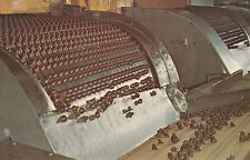 HERSHEY KISSES CANDY MACHINE MILK CHOCOLATE IN PRODUCTION PENNSYLVANIA PA
