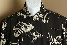 Men's black and beige floral Tommy Bahama 100% silk hawaiian shirt Medium M EUC