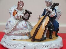 ANTIQUE GERMAN DRESDEN PORCELAIN LACE LADY & MAN PLAYING VIOLIN