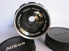 Nikon Nikkor-S 35mm f2.8 non AI Manual Focus Metal lens  front & back cap.