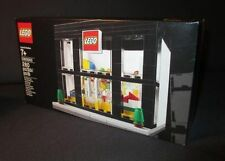 LEGO Exclusive Store Grand Opening Limited Promo Set 3300003 - Rare - NEW/Sealed