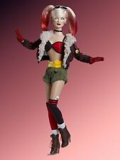 "Tonner Dolls 16"" Harley Quinn Bombshells New L/E 500 (Sold Out at tonner)"