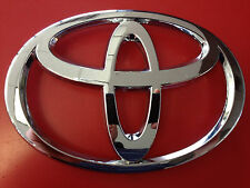 2002 2003 2004 Toyota Corolla Front Grille Emblem Chrome Logo- OEM  75311-02110