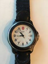 Swiss Army Watch Water resistant 330 feet stainless steel back new Battery