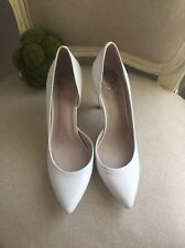 Vince Camuto Kain White Leather Classic Point-Toe Pump Size 6