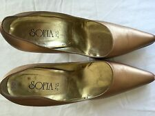 Pre Owned SOFIA Women's Heel Size 10  Gentle Worn 4 Inches Heel  Gold