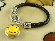 SMILEY FACE  comic snap button on Black leather jewelry gift bracelet