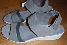 Hush Puppies Body Shoe Grey Leather Ankle Strap Open Toe Wedge Sandal 11 medium