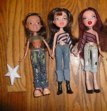 Lot of 3 BRATZ DOLLS Dressed & Hair Combed Clothes shoes MGA Entertainment