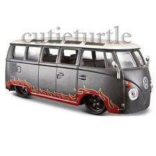 MAISTO VW Volkswagen Van Samba Bus 1:24 Diecast Model Car 34022 Grey with Flame