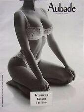 page de publicité  LINGERIE LECON N° 32  AUBADE   2000 ref. 42458