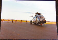 AVIATION, PHOTO HELICOPTERE SUPER FRELON EMBARQUEMENT BERETS ROUGES