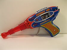 SPACE RAY GUN ASTRORAY 1970's TIN LITHO MINT SHUDO JAPAN Vintage SPARKS WORKS
