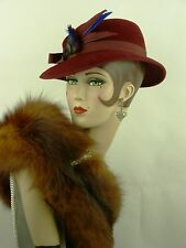 VINTAGE HAT 1940s FRENCH ORIGINAL WWII ERA, FELT FEDORA BURGUNDY WITH FEATHER
