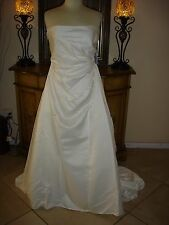NWT Jessica McClintock WHITE Wedding Dress Fully Embroidered Floral Low Price 12