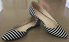 Pre-owned Black & White Fabric Stripe Pointy Toe Flats Size 7